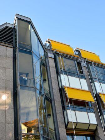 Tende da sole per il terrazzo e il balcone